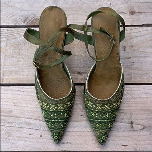 Shoes - 🆕 Beaded Embroidered Women's Heels